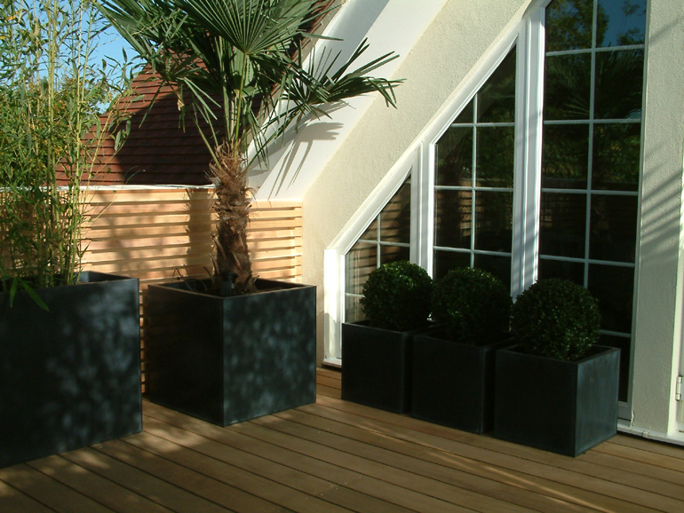 Contemporary roof garden design London